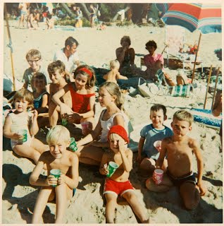 http://www.southhawthorntennisclub.com/_/rsrc/1283385582608/home/club-history/1971%20Beryl%20Maher%20with%20SH%20kids%20at%20beach%20picnic.jpg?height=320&width=318