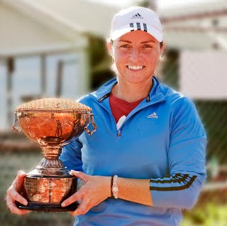 https://sites.google.com/a/southhawthorntennisclub.com/www/_/rsrc/1303024080369/home/gallery/Kerrie%20Clarke%202011%20lo%20res.jpg?height=318&width=320